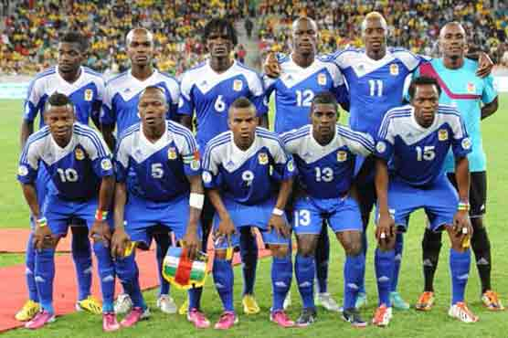 Central-African-Republic-13-adidas-home-kit-blue-blue-blue-line-up].jpg