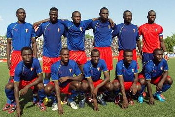 Chad-11-unknown-blue-red-blue-line-up.jpg
