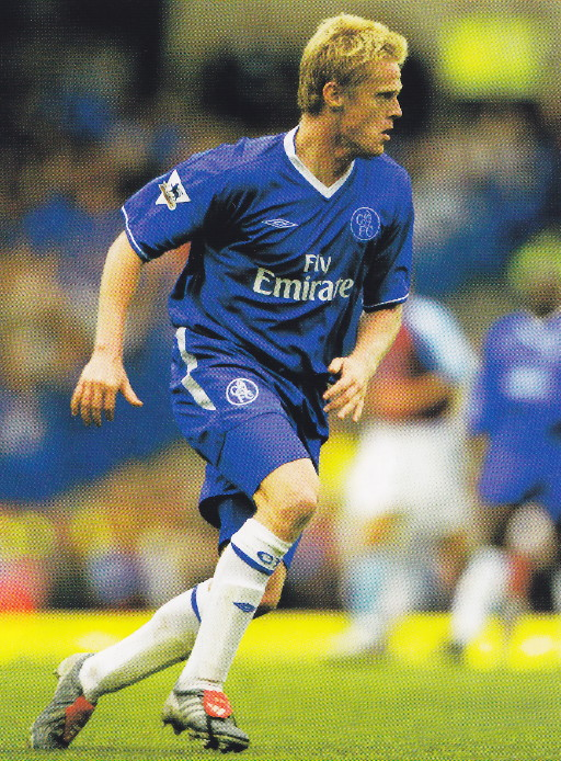 Chelsea-03-04-UMBRO-home-kit-blue-blue-white.jpg