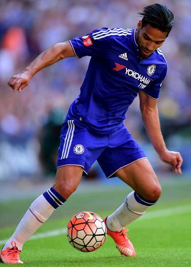 Chelsea-15-16-adidas-home-kit-Falcao.JPG