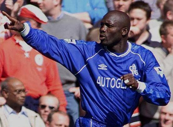 Chelsea-99-00-UMBRO-home-kit-George-Weah.JPG
