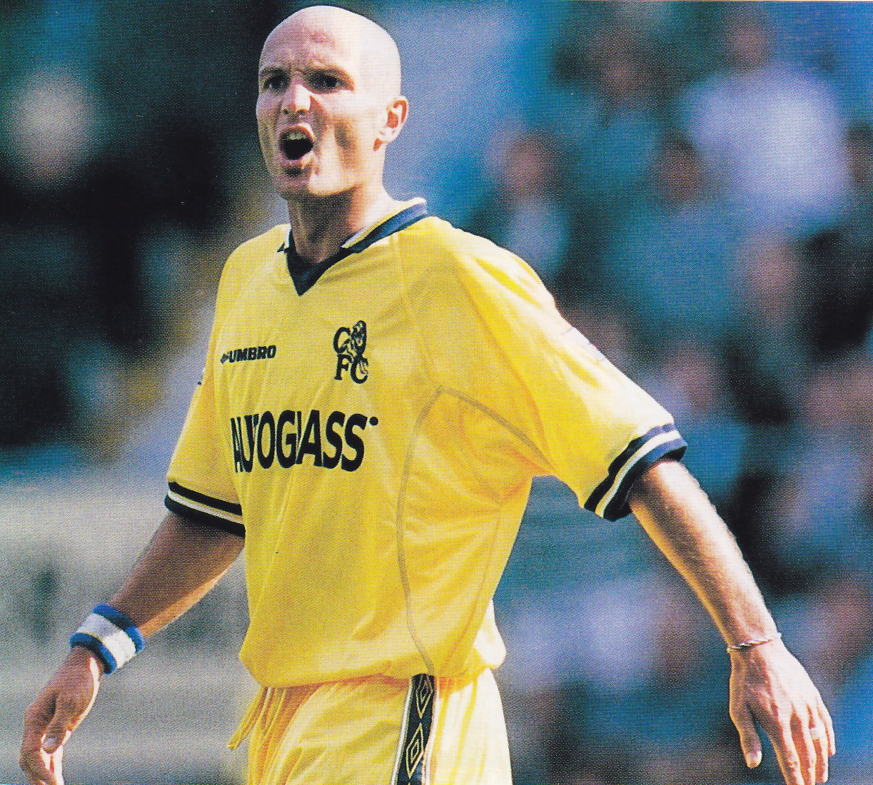 Chelsea-99-01-UMBRO-second-kit-yellow-yellow-yellow.jpg