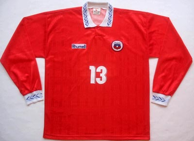 Chile-95-96-Rhumell-uniform-red.JPG