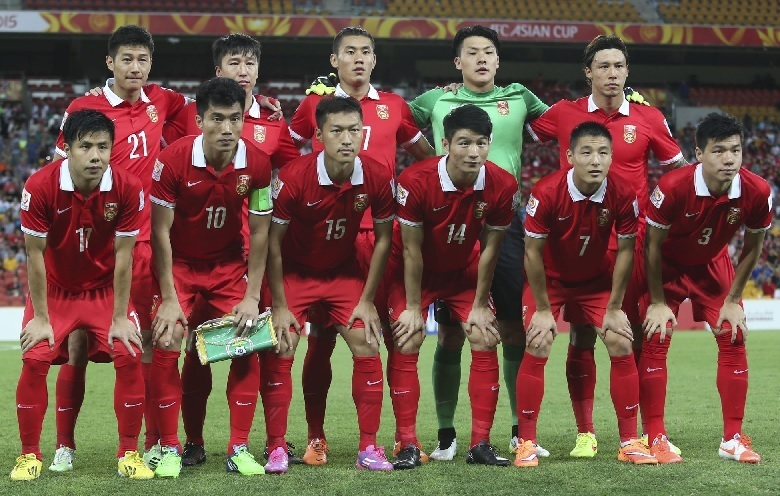 China-PR-2015-NIKE-asian-cup-home-kit-red-red-red-line-up.jpg
