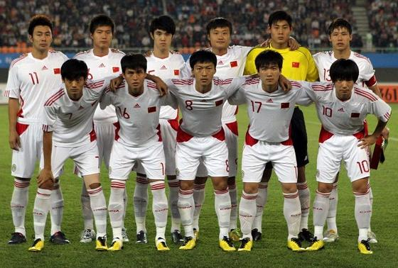 China PR-10-11-adidas-home-kit-white-white-white-pose.jpg