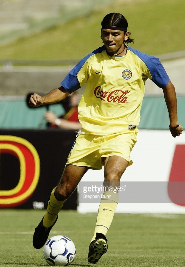 Club-America-2003-04-NIKE-home-kit.jpg