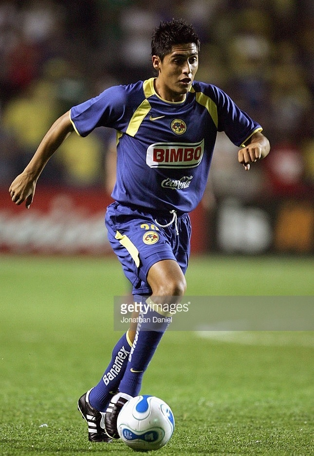 Club-America-2005-06-NIKE-away-kit.jpg