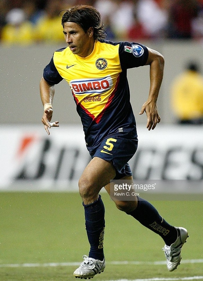 Club-America-2009-10-NIKE-away-kit.jpg
