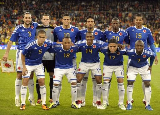 Colombia-11-12-adidas-away-kit-blue-white-white-line-up.JPG