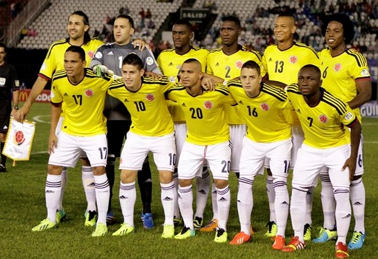 Colombia-11-13-adidas-home-kit-yellow-white-white-line-up.jpg