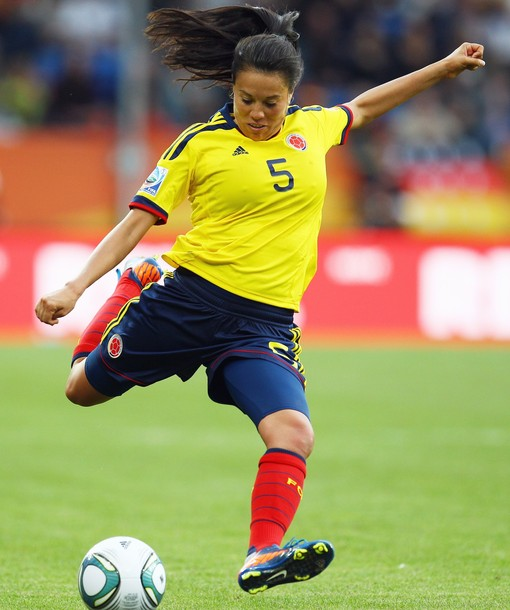 Colombia-11-adidas-women-home-kit-yellow-navy-red.jpg