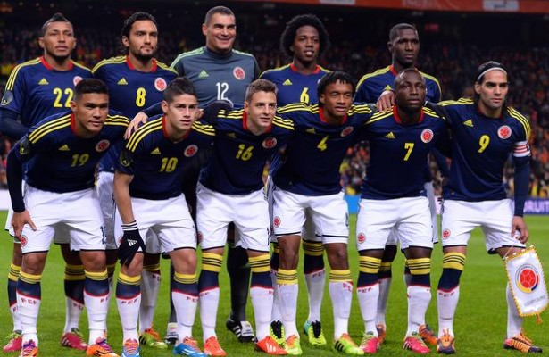 Colombia-12-13-adidas-away-kit-navy-white-white-line-up.jpg