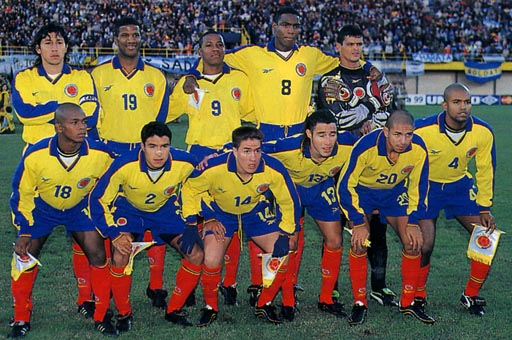 Colombia-99-Reebok-uniform-yellow-blue-red-group.JPG