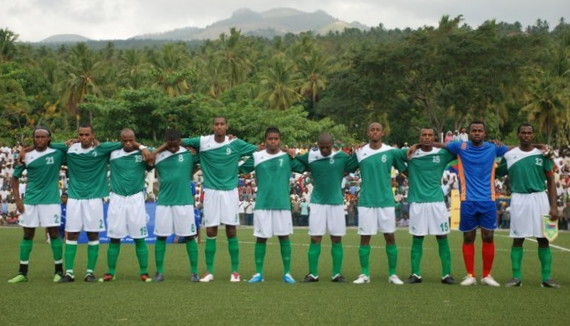 Comoros-10-unknown-green-white-green-line.jpg