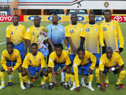 Congo-DR-06-07-AIRNESS-home-kit-yellow-blue-yellow-line-up.jpg