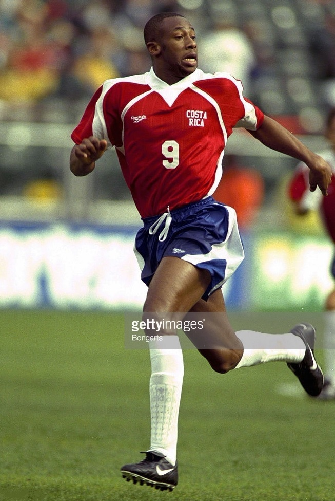 Costa-Rica-1998-Reebok-gold-cup-home-kit.jpg