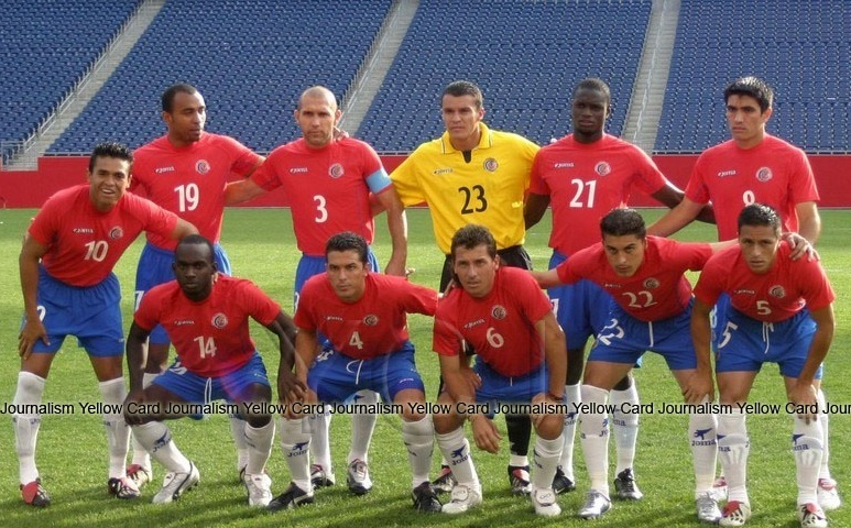 Costa-Rica-2003-Joma-gold-cup-home-kit-line-up.jpg