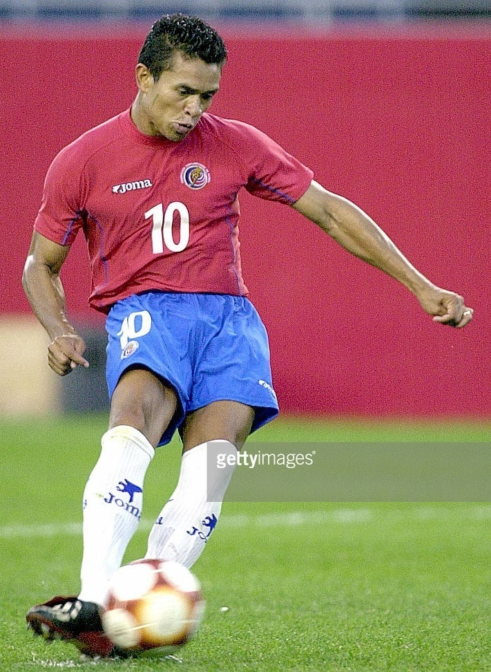 Costa-Rica-2003-Joma-gold-cup-home-kit.jpg