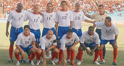 Costa-Rica-2005-Joma-away-kit-starting-11.jpg