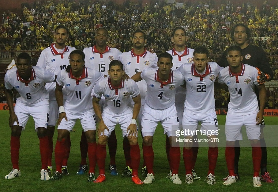 Costa-Rica-2015-NEW-BALANCE-away-kit-white-white-red-line-up.jpg