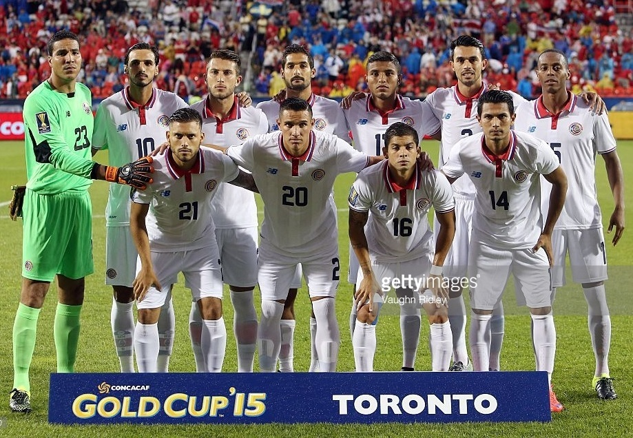 Costa-Rica-2015-NEW-BALANCE-gold-cup-away-kit-line-up.jpg