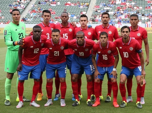 Costa-Rica-2015-NEW-BALANCE-gold-cup-home-kit-line-up.jpg