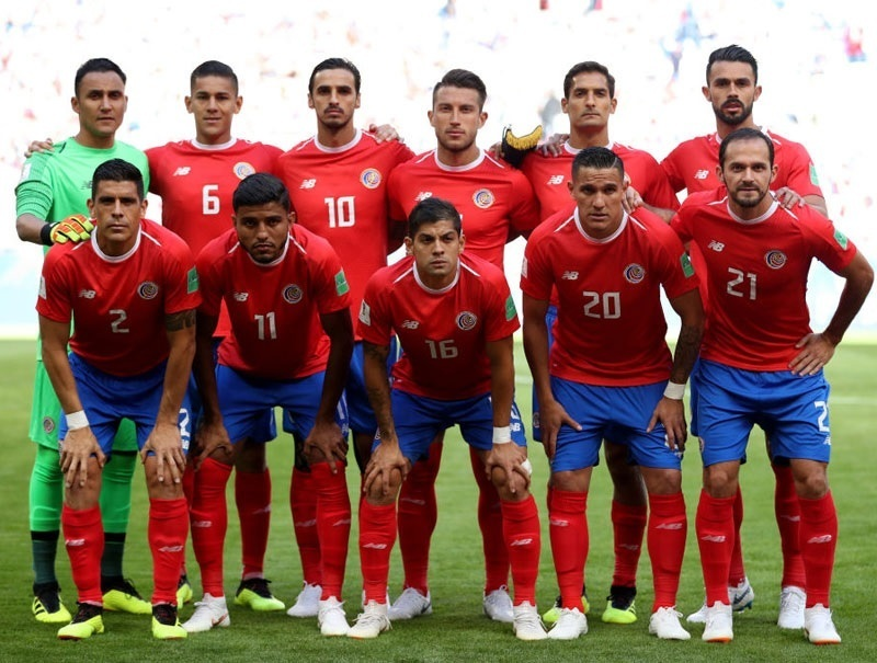Costa-Rica-2018-NEW-BALANCE-world-cup-home-kit-red-blue-red-line-up.jpg
