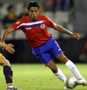 Costa Rica-06-Joma-red-blue-white2.JPG