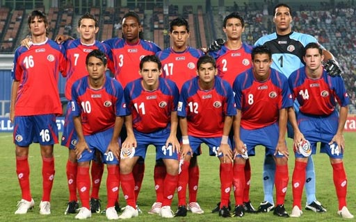 Costa Rica-08-09-lotto-red-blue-red-group2.JPG