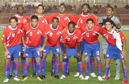 Costa Rica-11-12-lotto-home-kit-red-blue-blue-line up.JPG