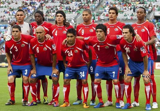 Costa Rica-11-12-lotto-home-kit-red-blue-red-line up.JPG