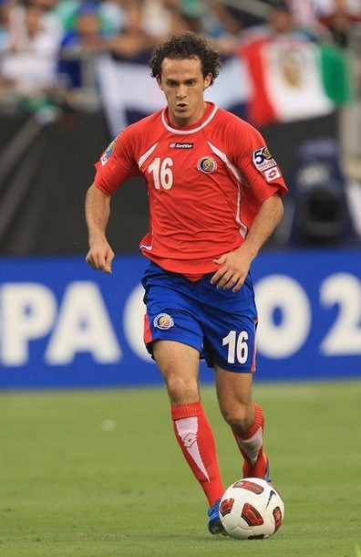 Costa Rica-11-12-lotto-home-kit-red-blue-red.JPG