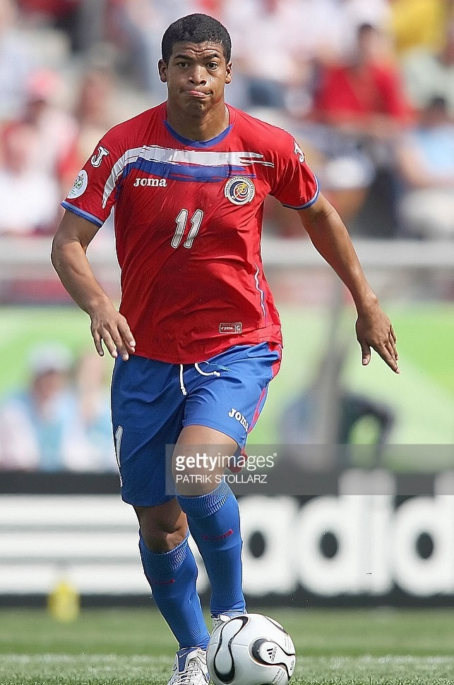 Costa Rica-2006-Joma-world-cup-first-kit.jpg