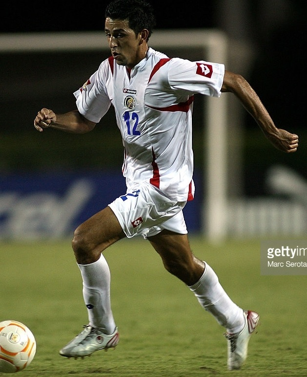 Costa Rica-2007-lotto-away-kit-starting-11.jpg