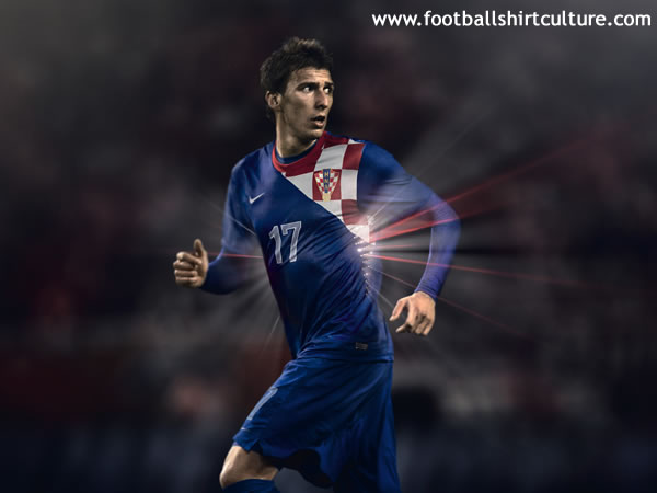 Croatia-2012-NIKE-new-home-shirt-3.jpg