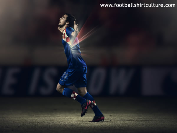 Croatia-2012-NIKE-new-home-shirt-4.jpg