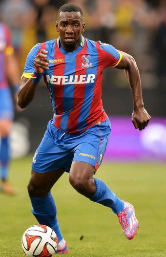 Crystal-Palace-14-15-macron-first-kit.JPG