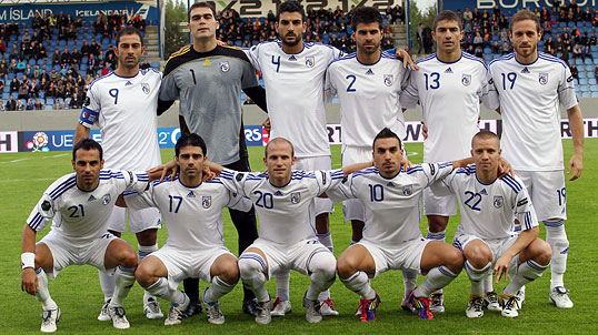 Cyprus-10-11-adidas-away-kit-white-white-white-line-up.jpg
