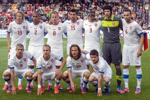 Czech-12-13-PUMA-away-kit-white-white-white-flag-line-up.jpg