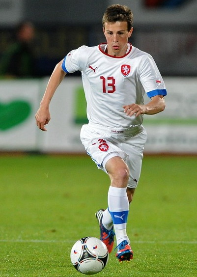 Czech-12-13-PUMA-away-kit-white-white-white.jpg