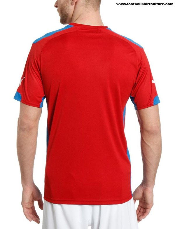 Czech-2014-PUMA-new-home-kit-3.jpg