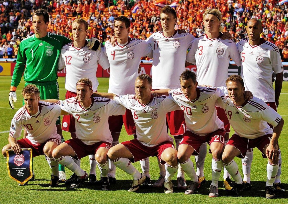 Denmark-10-11-adidas-away-kit-white-red-white-line-up.JPG