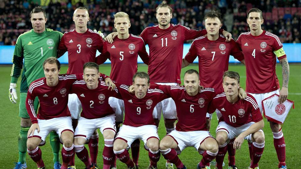 Denmark-14-15-adidas-home-kit-red-white-red-line-up.JPG