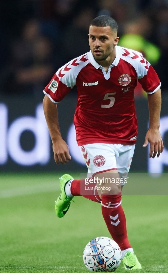 Denmark-2017-hummel-special-kit-red-white-red.jpg
