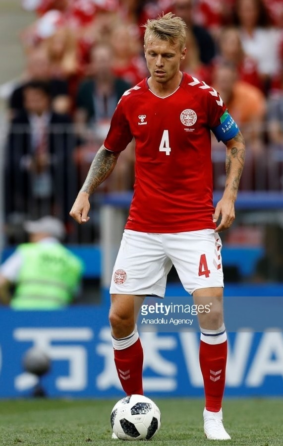 Denmark-2018-hummel-world-cup-home-kit-red-white-red-Simon-Kjaer.jpg