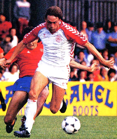Denmark-84-85-hummel-away-kit-white-white-white.JPG