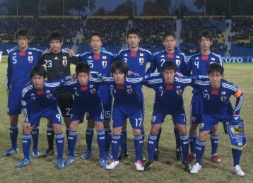 日本代表-2010-adidas-U16-home-kit-blue-blue-blue-line-up.jpg