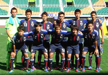 日本代表-2012-adidas-U19-home-kit-blue-blue-blue-line-up-2.jpg