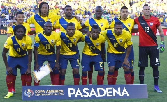 Ecuador-2016-marathon-copa-america-centenario-home-kit-yellow-navy-red-line-up.jpg