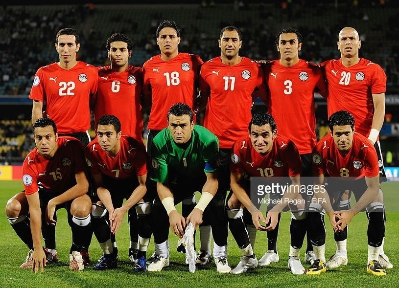 Egypt-2009-PUMA-confederations-cup-home-kit-red-black-black-line-up.jpg